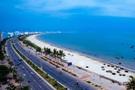 Sở hữu một trong những bãi biển đẹp và lãng mạn nhất thế giới, khu vực bãi biển Mỹ Khê đang là tâm điểm được giới đầu tư bất động sản quan tâm.